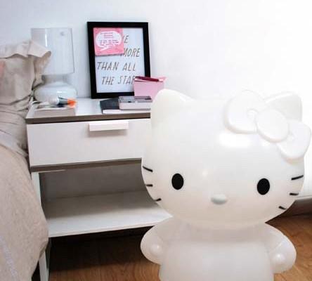 Chambre Complete Hello Kitty Hello Kitty Breakfast Room Service Shinjuku Image Of Hello Kitty